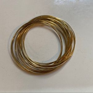 Jewelry - 💥5 for $25💥 gold bangles